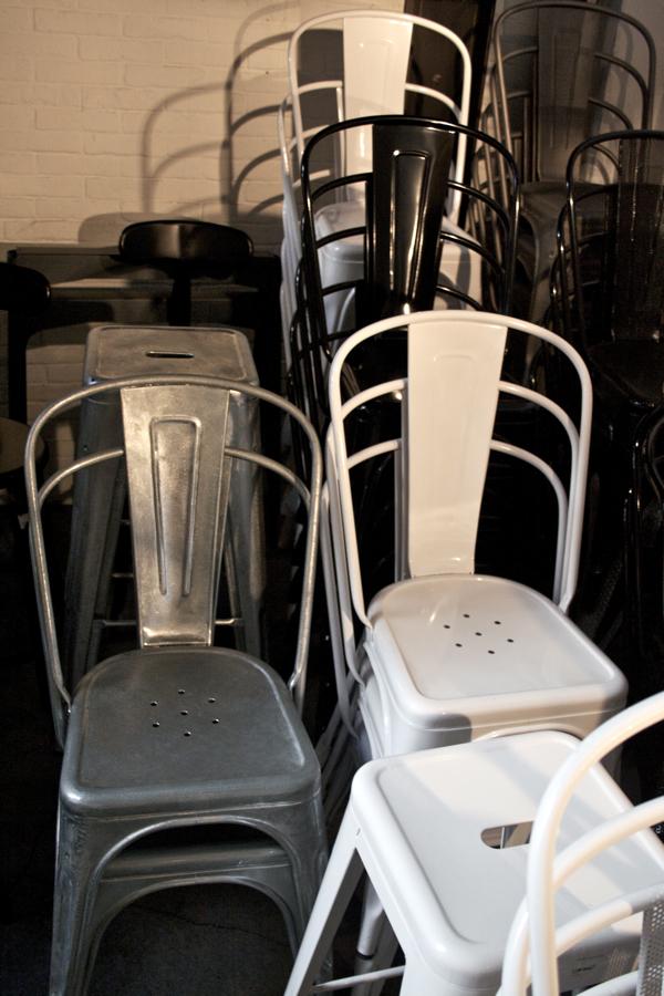 feliciasheltonphotography-tolix-chair